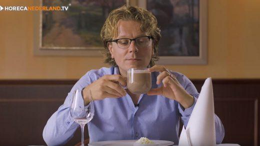 Warme chocolademelk komt oorspronkelijk niet uit Nederland. Waar komt warme chocolademelk eigenlijk vandaan? HorecaWeetjes duikt in de geschiedenis!
